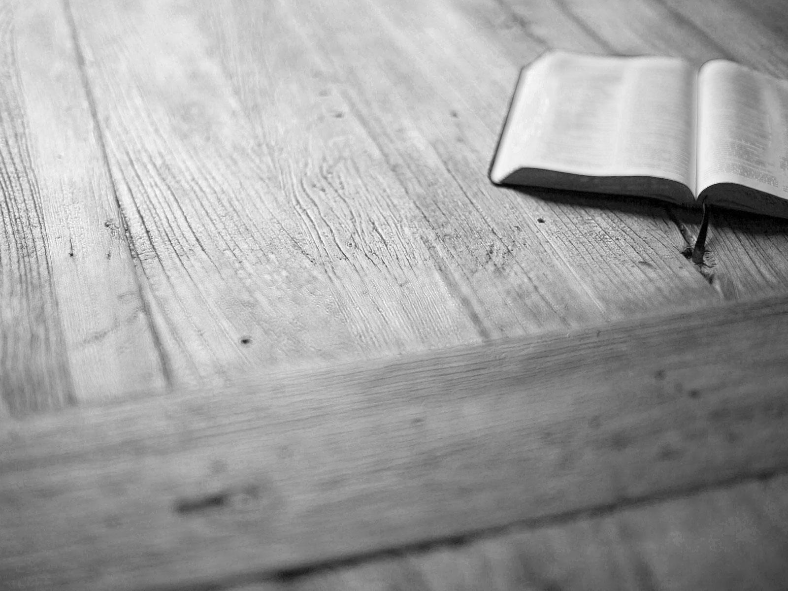 Biblia mesa